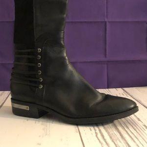 Black low heel boot.